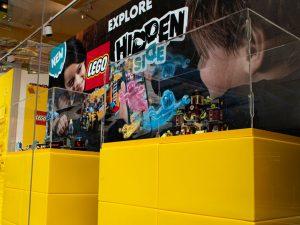 31st LEGO hidden side window close up 2